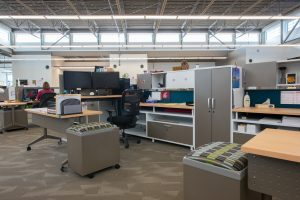 KI Office Space Using Unite Panel System, Impress Ultra Chairs, and Pirouette Tables