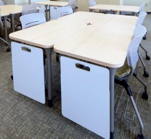 KI Intellect Tables in Classroom with Mobile Whiteboards