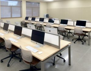 KI Connection Zone Benching utilized in Computer Lab with Grazie Chairs