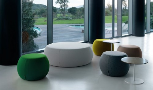 Beaufurn Pouf Points, lounge seating, lobby, collaborate