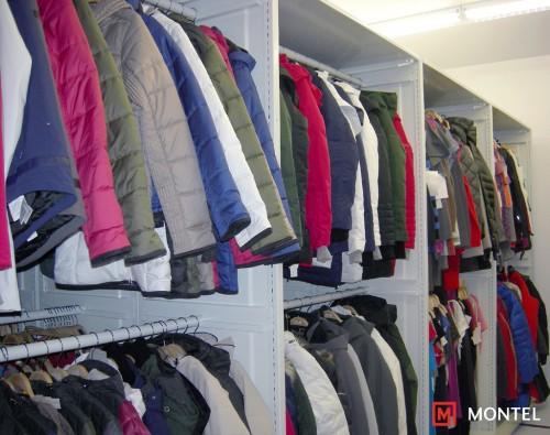 Lole-Mobilex-SmartShelf-Garments-Rack-MoPhoto-0000307
