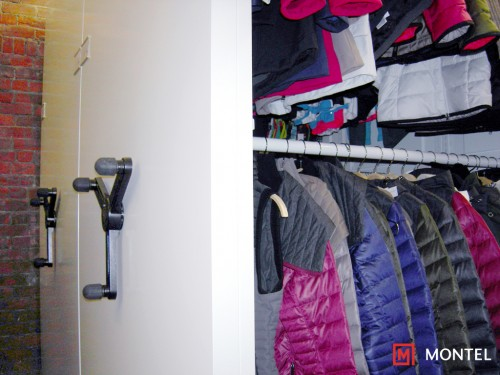 Lole-Mobilex-SmartShelf-Garments-Rack-MoPhoto-0000313