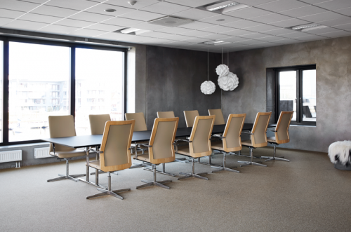 Howe MN1, Conference room, seating, side chair, guest chair, corporate, office