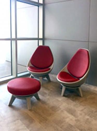 KI lounge sway seating lobby ottoman