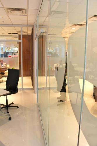 KI Lightline Storefront Wall Demountable Architectural Glass