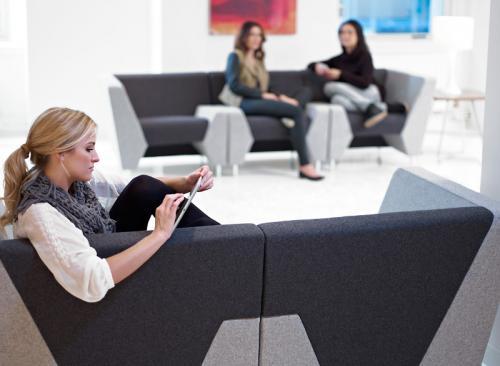 KI MyWay Lounge Lobby Power Modular Collaborative Education Public Spaces