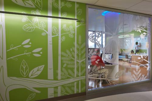KI Genius Wall Demountable Architectural healthcare
