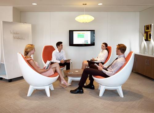 KI Sway Business Meeting Lounge seating lobby reception